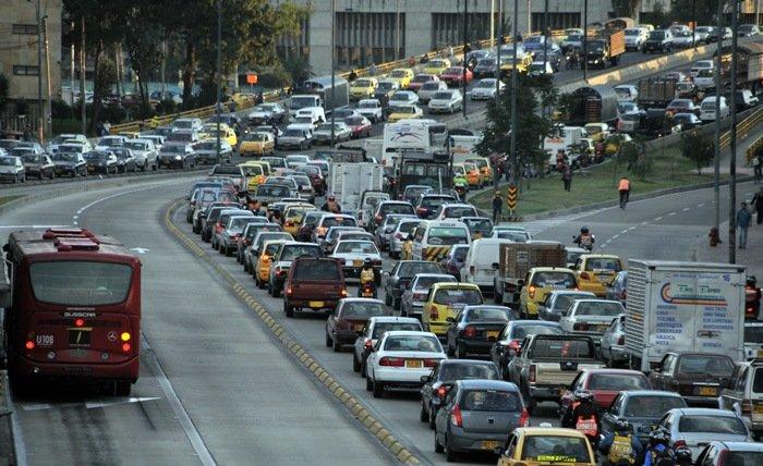 En Colombia los peajes urbanos podrían disminuir la congestión vial hasta en un 30 % / Foto Agencia de Noticias UN