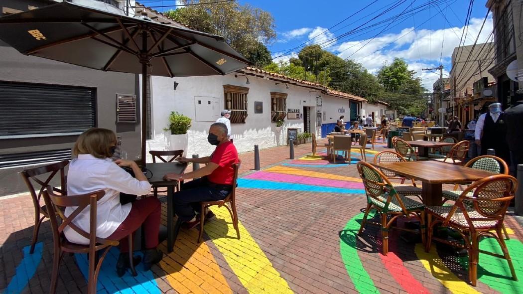 Bogotá a cielo abierto, estrategia en la capital colombiana para reactivación de gastrobares / Foto Alcaldía de Bogotá