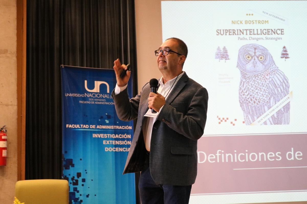 Profesor Carlos Patiño Villa, director IEU / Foto UN Manizales