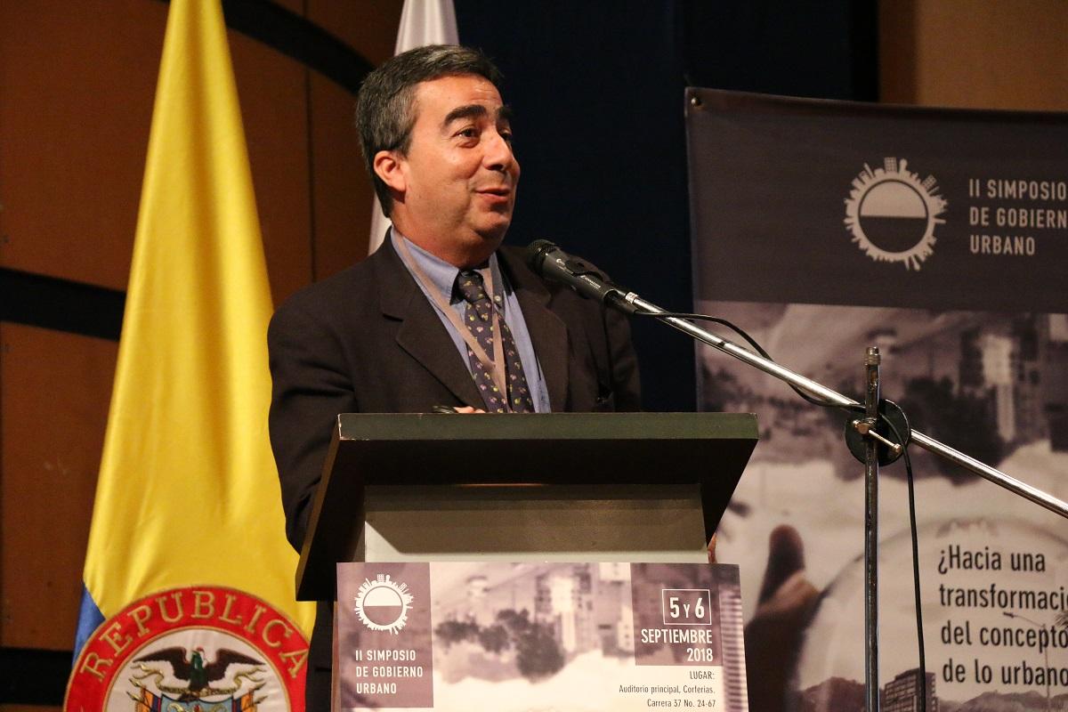 Edesio Fernandes, profesor del Lincoln Institute of Land Policy (Río de Janeiro). Foto: Ricardo Salamanca