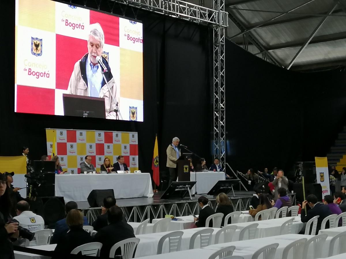 Alcalde de Bogotá, Enrique Peñalosa, en cabildo abierto para el POT