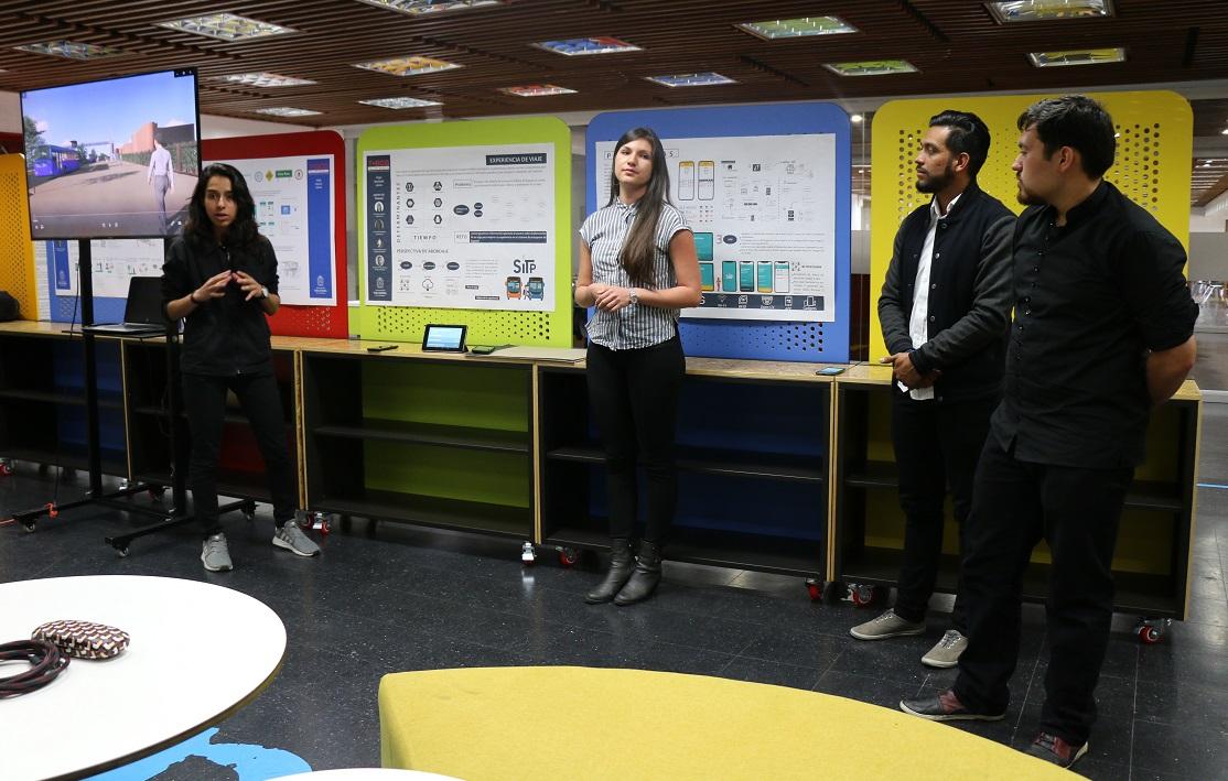 Presentación de 'Experiencia de Viaje' en el Taller Bogotá