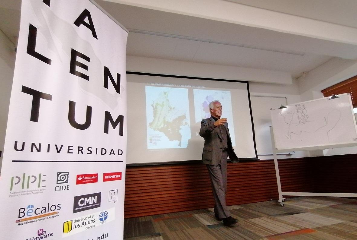 Profesor Fernando Montenegro / Foto IEU