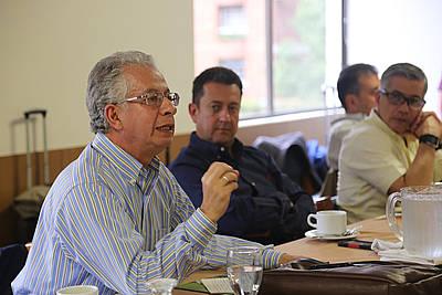 Profesor Oscar Almario