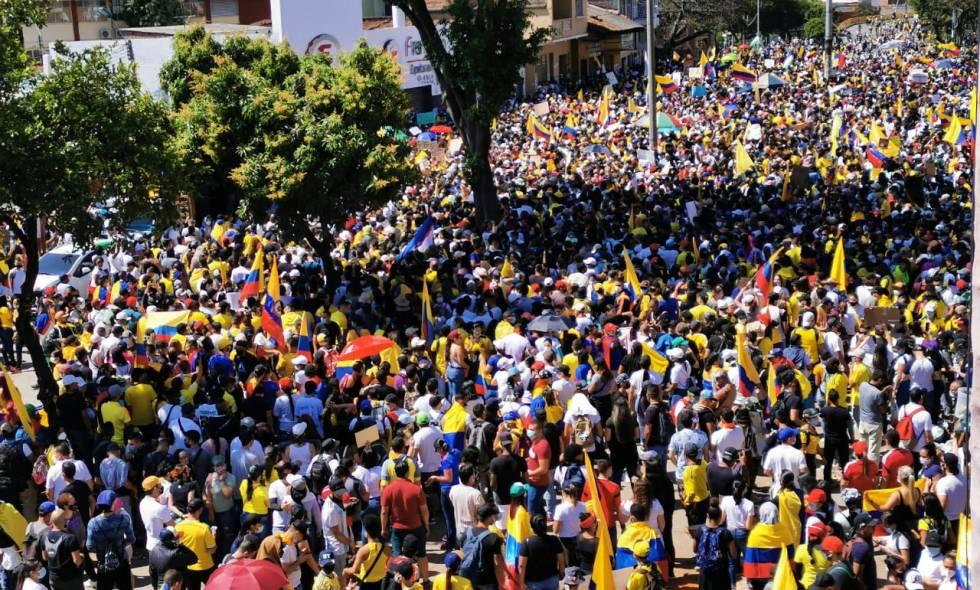 Manifestación del pasado 1 de mayo, frente a la Loma de la Cruz; también llamada