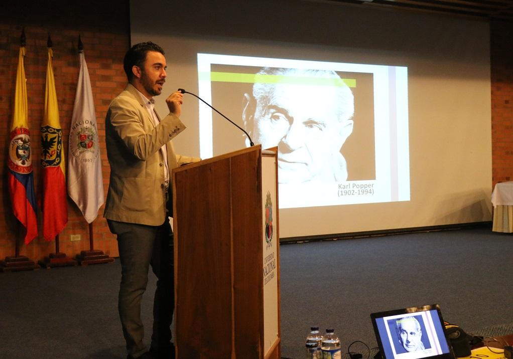 Profesor Miguel Silva