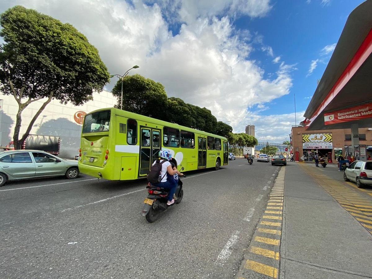 El reto del AMB es integrar física, operacional y tarifariamente los sistemas de transporte público masivo y colectivo urbano / Foto de Johan Triana