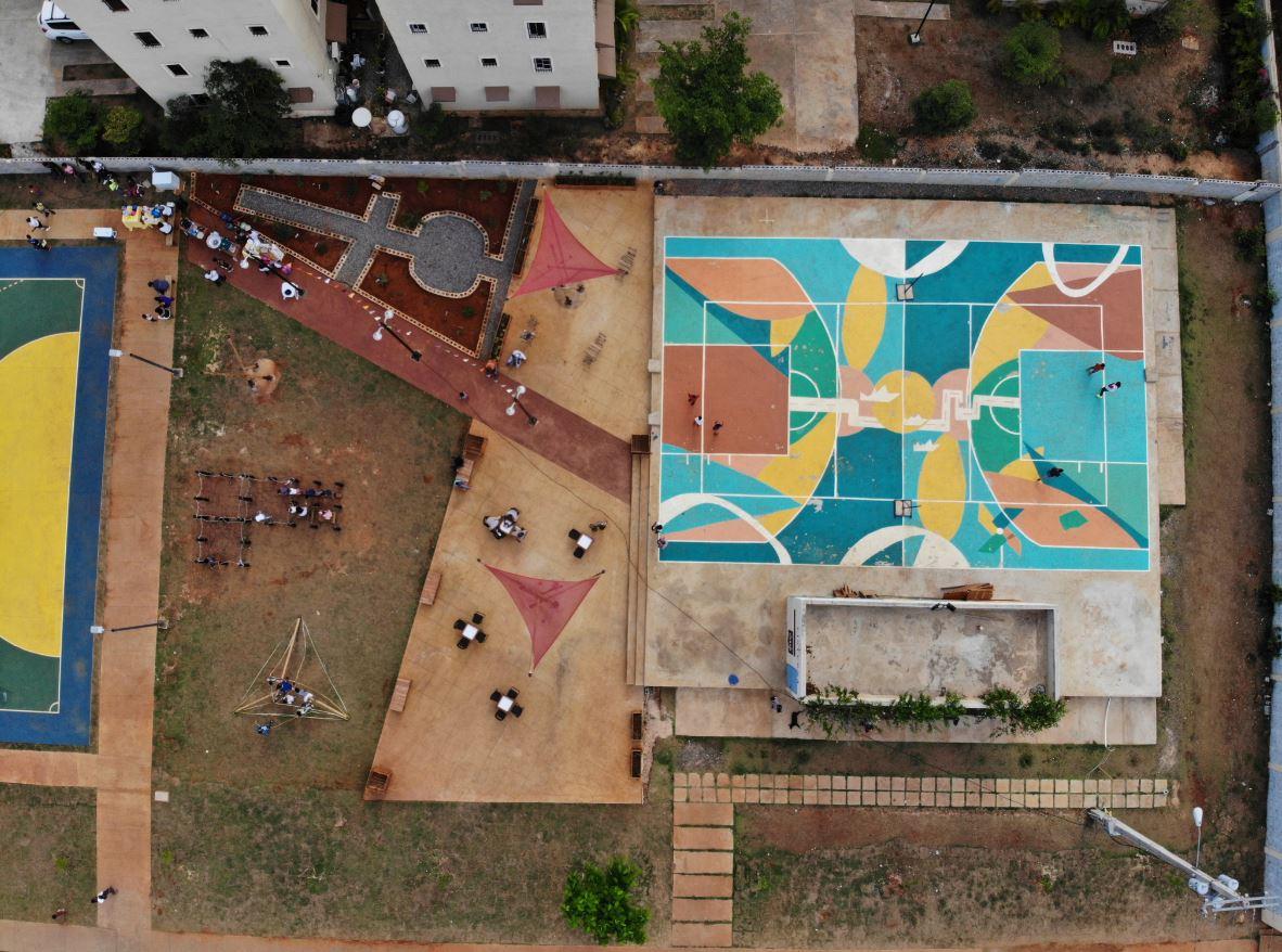 Plaza de Bolsillo en Santo Domingo Este / Foto tomada del BID