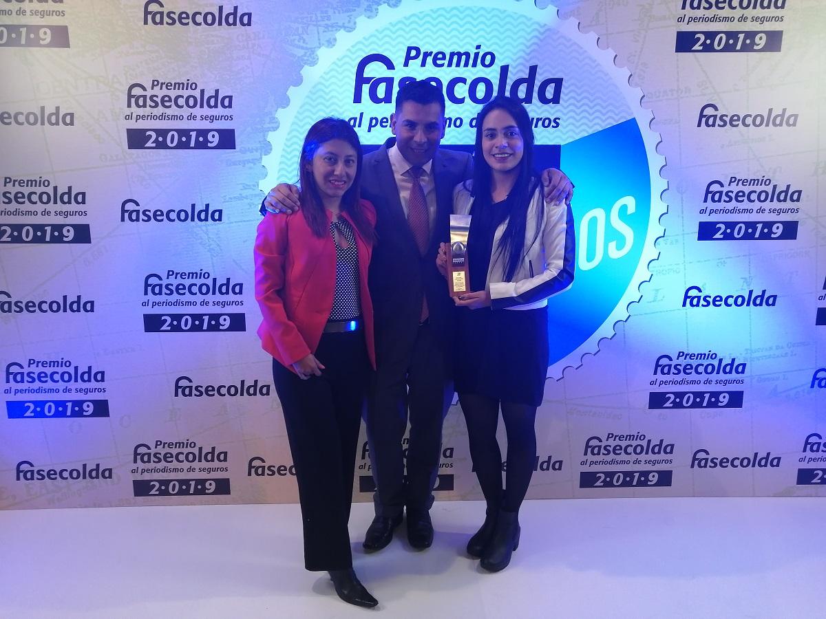 Claudia Sánchez, Milton Medina y Paola Medellín, comunicadores del IEU