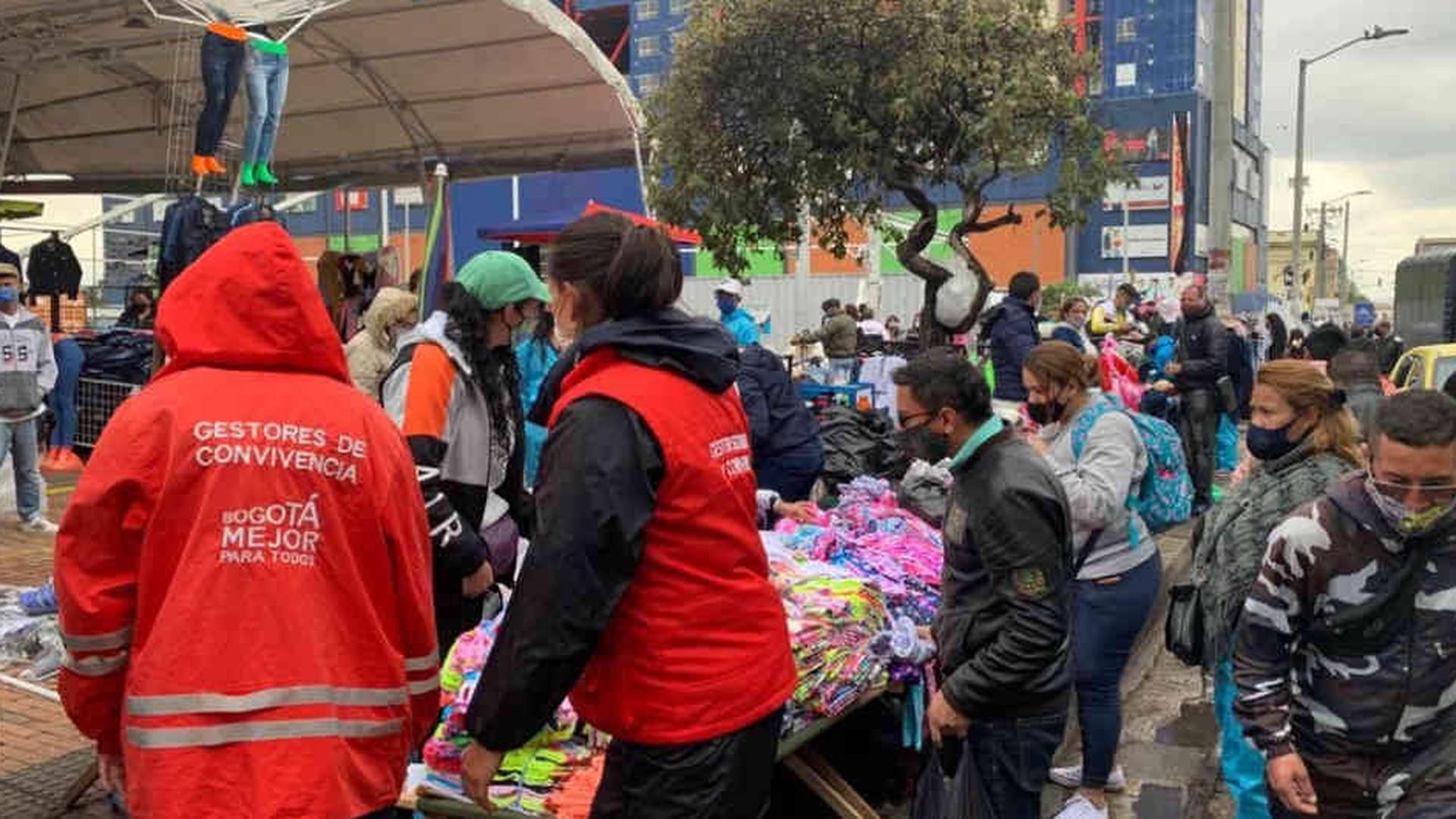 Reactivación económica en el centro de Bogotá / Foto de  Twitter @LuisErnestoGL