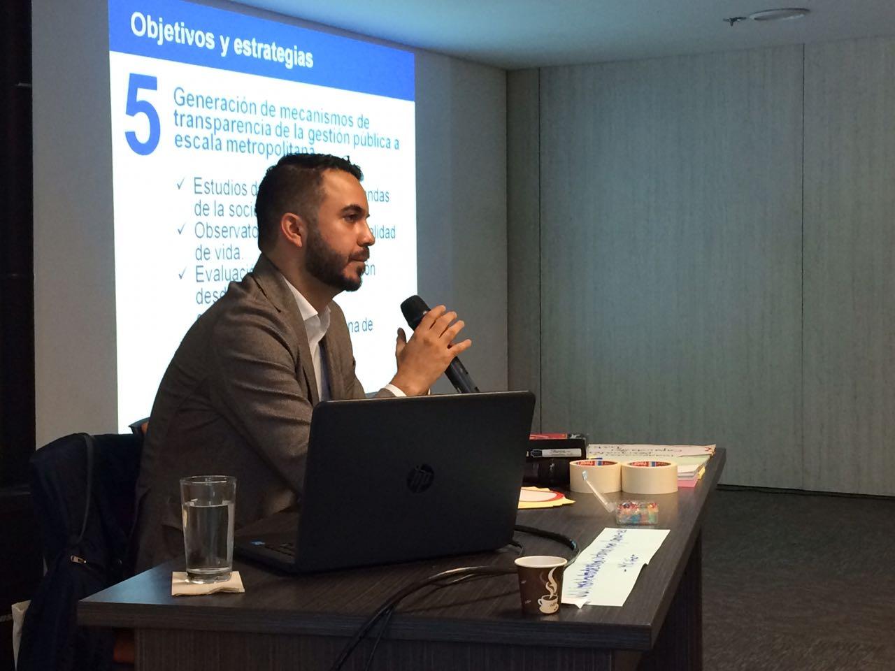 Taller Diálogos Ciudadanos: Gobernabilidad con Miguel Silva