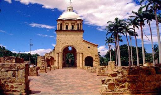 Templo histórico de Villa del Rosario donde se firmó la primera constitución colombiana / foto Gobernación de Norte de Santander