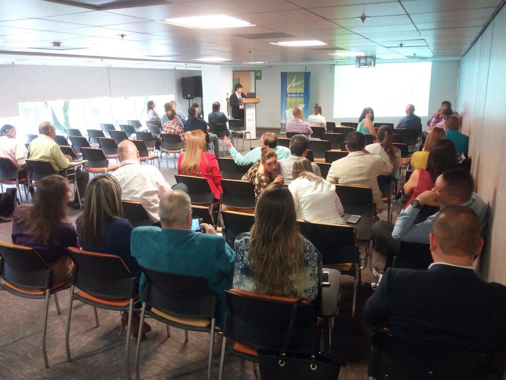 Talleres del PEMOT. Foto Fredy Amariles, oficina asesora de comunicaciones AMVA