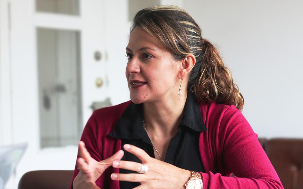 Profesora Yency Contreras. Foto La Silla Académica